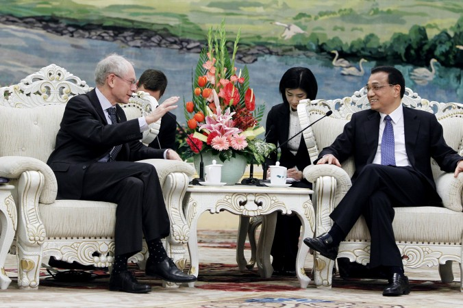 Chinese Vice-Premier Li Keqiang (R) in talks with European Council President Herman Van Rompuy at the Great Hall of the People, during the European Union (EU)-China summit on February 15, 2012 in Beijing, China. (How Hwee Young/Getty Images)