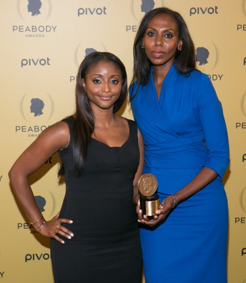 CNN correspondents Isha Sesay (L) and Nima Elbagir hold their award at the 74th Annual Peabody Awards ceremony at Cipriani Wall Street, in New York City, on May 31, 2015. (Benjamin Chasteen/Epoch Times)