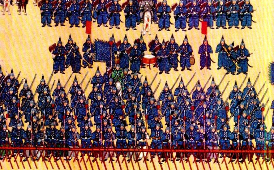 Soldiers of the blue banner parading in front of Emperor Qianlong. (Image:  wikimedia  /  CC0 1.0)