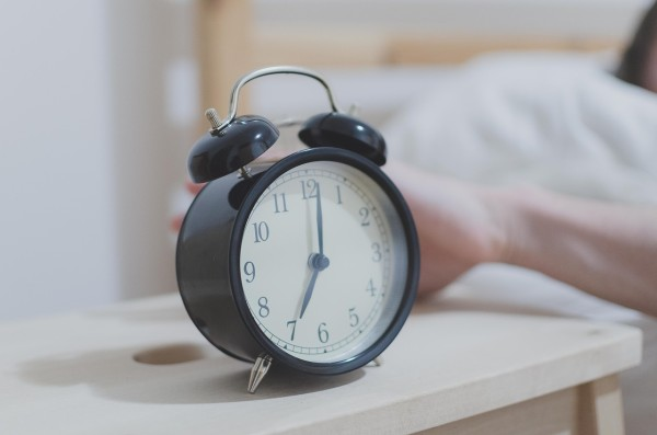 Current sleep-hygiene guidelines advise people to go to bed at the same time and get up at the same time, yet very few researchers address what time people should go to bed. (Image: via pixabay / CC0 1.0)