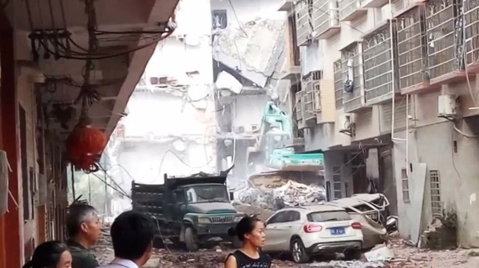 Deadly Bombings in Southern China: Authorities Control the Narrative