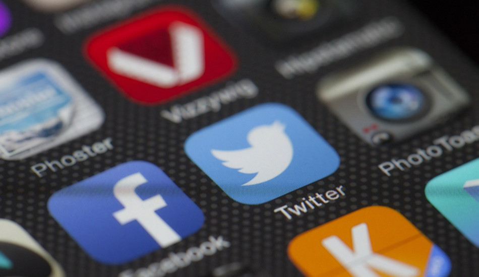 Dissidents Worry #TwitterIsDead After Company Hires Former Chinese Military Officer
