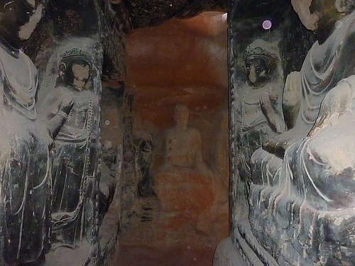story of emerald buddha statues faces destroyed cultural revolution ningxia gansu