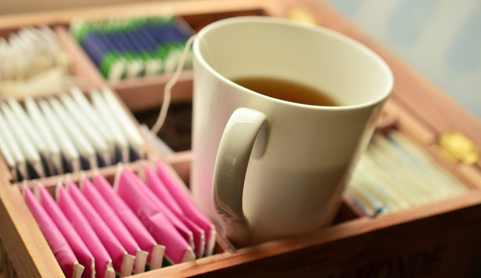 There are some precautions you need to be aware of before drinking tea. (Image: condesign via Pixabay/CC0 1.0)