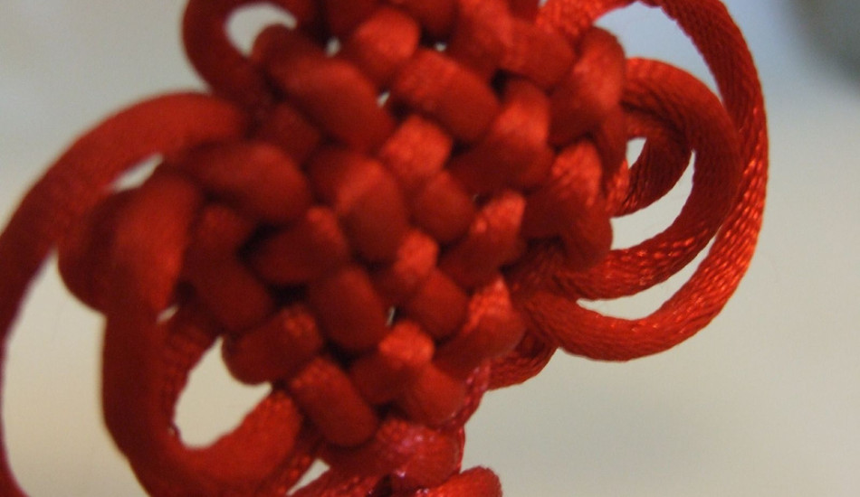 Chinese knots are often used to express good wishes, including happiness, prosperity, love, and the absence of evil. (Image:  Shang Ning  via   flickr /  CC BY 2.0 )